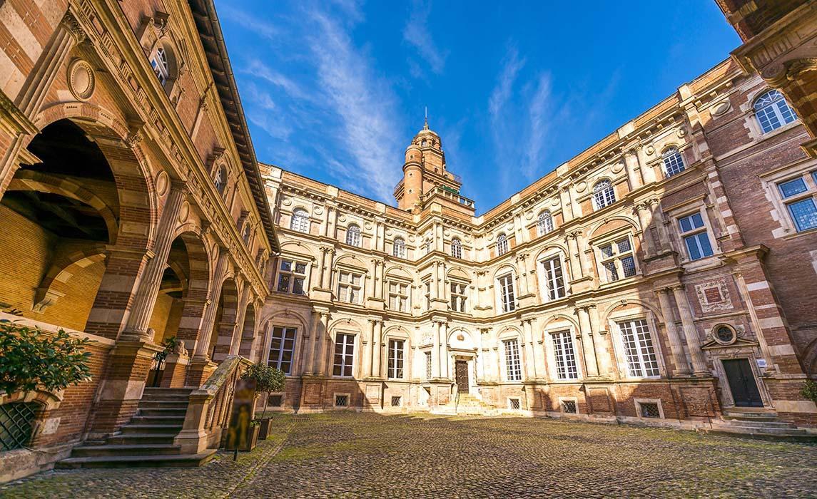 Hôtel d'Assézat, hôtel particulier Renaissance