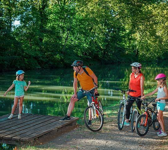 Balade à vélo en famille au canal du Midi