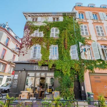 Place Sainte Scarbes quartier Saint-Etienne